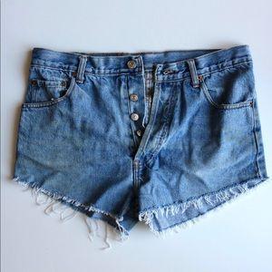 Vintage Levi High-Waisted Cutoff Shorts